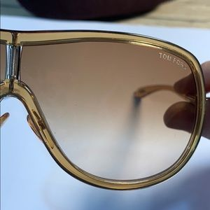 Tom Ford Andrea sunglasses